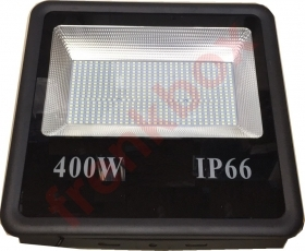 Faro led SMD 400 watt per camp
