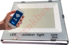 Faro led WIFI 200 watt per campo sp